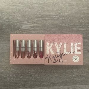 Brand New Kylie Jenner Lip Collection 5 Mini